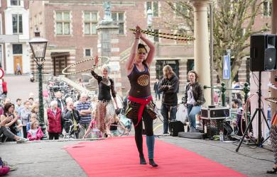 De grote hoepelmodeshow van Hooplovers.nl
